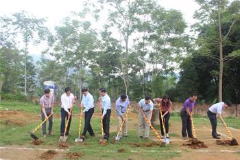 Khởi công xây dựng trường TH&THCS xã Cảm Nhân